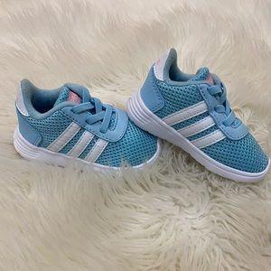 NWOT baby girl adidas size 4